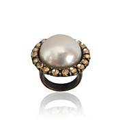Charming Alloy Imitation Pearl Ring with Crystal
