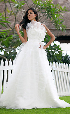 A-line Strapless Sweep/Brush Train Tulle Wedding Dress