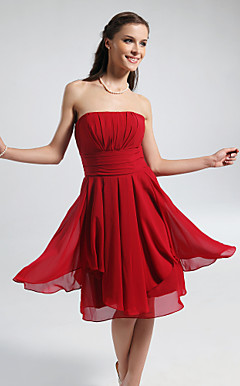 A-line Strapless Knee-length Chiffon Bridesmaid Dress
