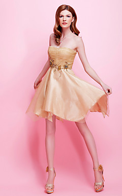 A-line Strapless Asymmetrical Tulle And Satin Cocktail Dress