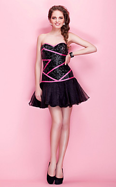 A-line Sweetheart Short/ Mini Sequined Organza Cocktail Dress