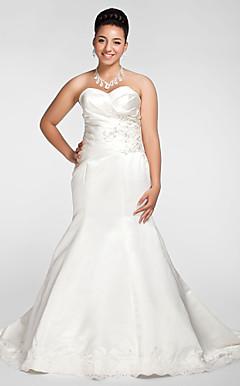 Trumpet/Mermaid Sweetheart Chapel Train Satin Plus Size Wedding Dress