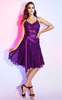 A-line V-neck Knee-length Lace Cocktail Dress