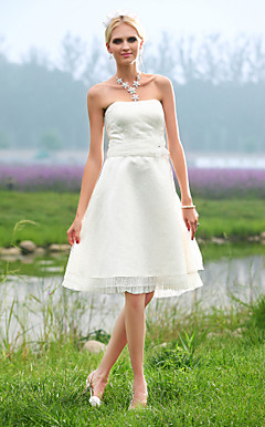 A-line Strapless Knee-length Lace Wedding Dress