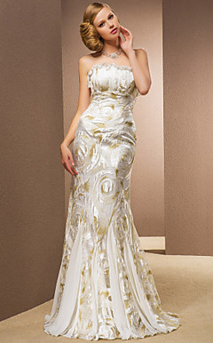 Trumpet/Mermaid Strapless Floor-length Chiffon And Lace Wedding Dress
